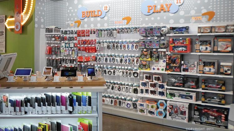 Moody's said RadioShack has enough liquidity to operate for another year, but its analysts expect the retailer to run out of cash by the end of October 2015.