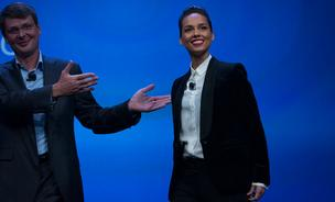 Alicia Keys was introduced as global creative director by Thorsten Heins, former chief executive officer of BlackBerry,during the launch of the BlackBerry 10 in New York, U.S., on  Jan. 30, 2013.