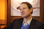 Ron Wyden steps up to represent Oregon brewers
