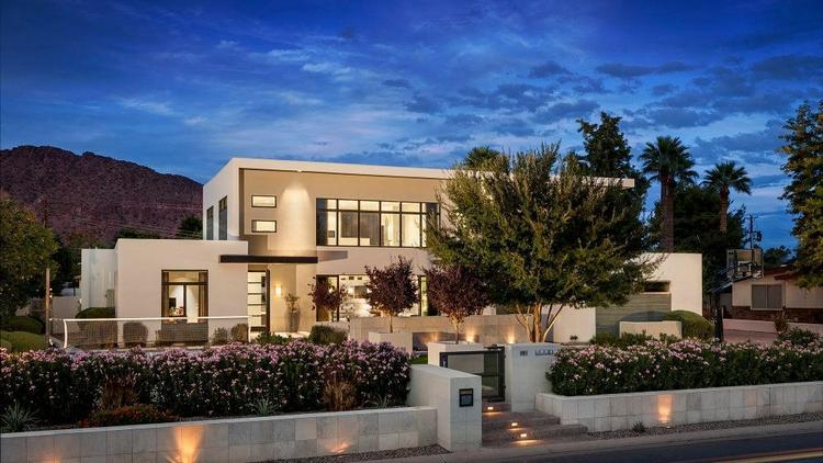 Malcolm in the Middle star Frankie Muniz is selling his contemporary-style home in Arcadia for $2.9 million. Click through for more photos of the home.