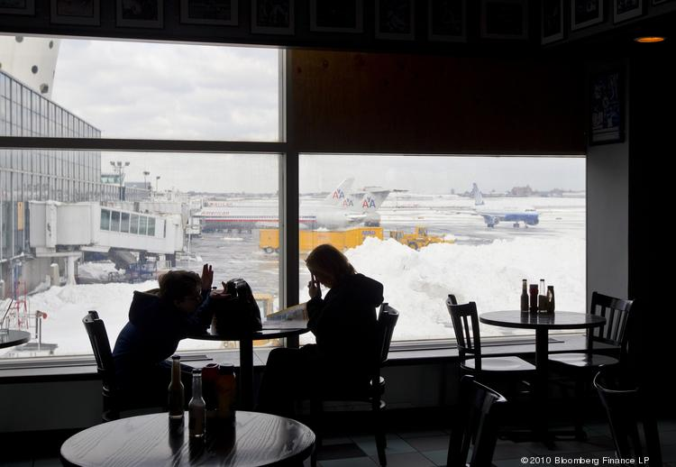 How do you spend your time when you're in an airport, either on a regular transit day or when you're stuck because of bad weather? Getting a bite to eat is a common thing to do, though the median amount spent on food and beverages is only $5.15.
