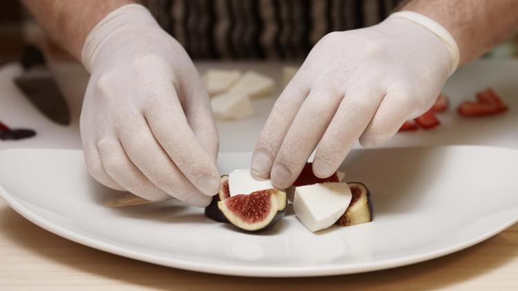California lawmakers repealed a new law Thursday that forced chefs to don gloves when preparing ready-to-eat food.
