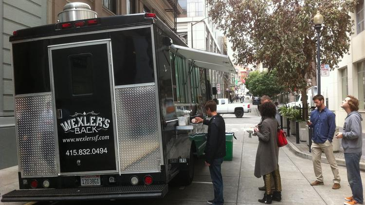 Oakland takes the brakes off of city's food trucks as it