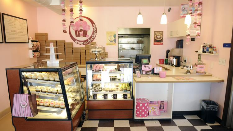 The reopened Icing on the Cupcake store in Rocklin uses the same recipes from the previous version of the business. In addition to full-size cupcakes, it serves baked goods such as cookies and miniature cupcakes.