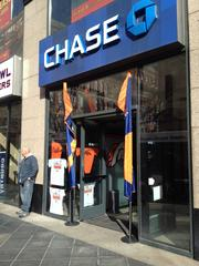 Focus Sports rented the 4,600 square feet at 1600 California St., in the vacant Chase Bank space, for a Super Bowl pop-up store.