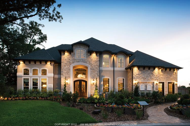 A current Toll Brothers model home in Sienna Plantation