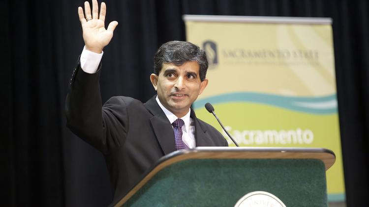 Sacramento State College of Business Administration dean Sanjay Varshney took this job in March 2004.
