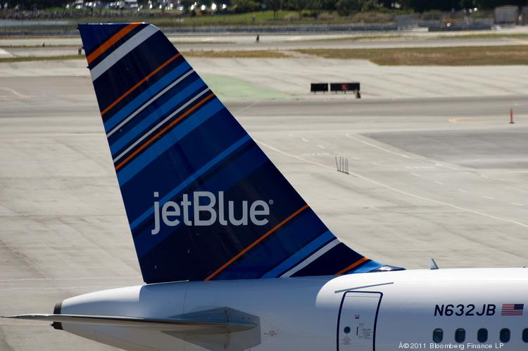 JetBlue Airways Corp. is reviving its plans to build a $25 million employee training hotel near Orlando International Airport.