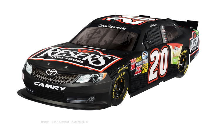 Toyota has extended its sponsorship deal with NASCAR.