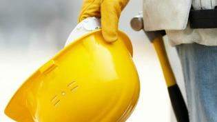 A gain is a gain is a gain. Local construction firms added 200 employees to their payrolls between April 2013 and April 2014.