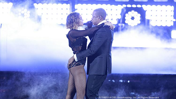 Beyonce & Jay-Z perform during THE 56TH ANNUAL GRAMMY AWARDS.  Photo: Cliff Lipson/CBS©2014 CBS Broadcasting, Inc. All Rights Reserved