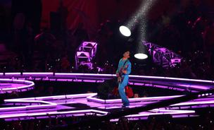 Prince performs during the half- time show of Super Bowl XLI between the Indianapolis Colts and the Chicago Bears, Sunday, Feb. 4, 2007, at Dolphin Stadium in Miami Gardens, Florida.