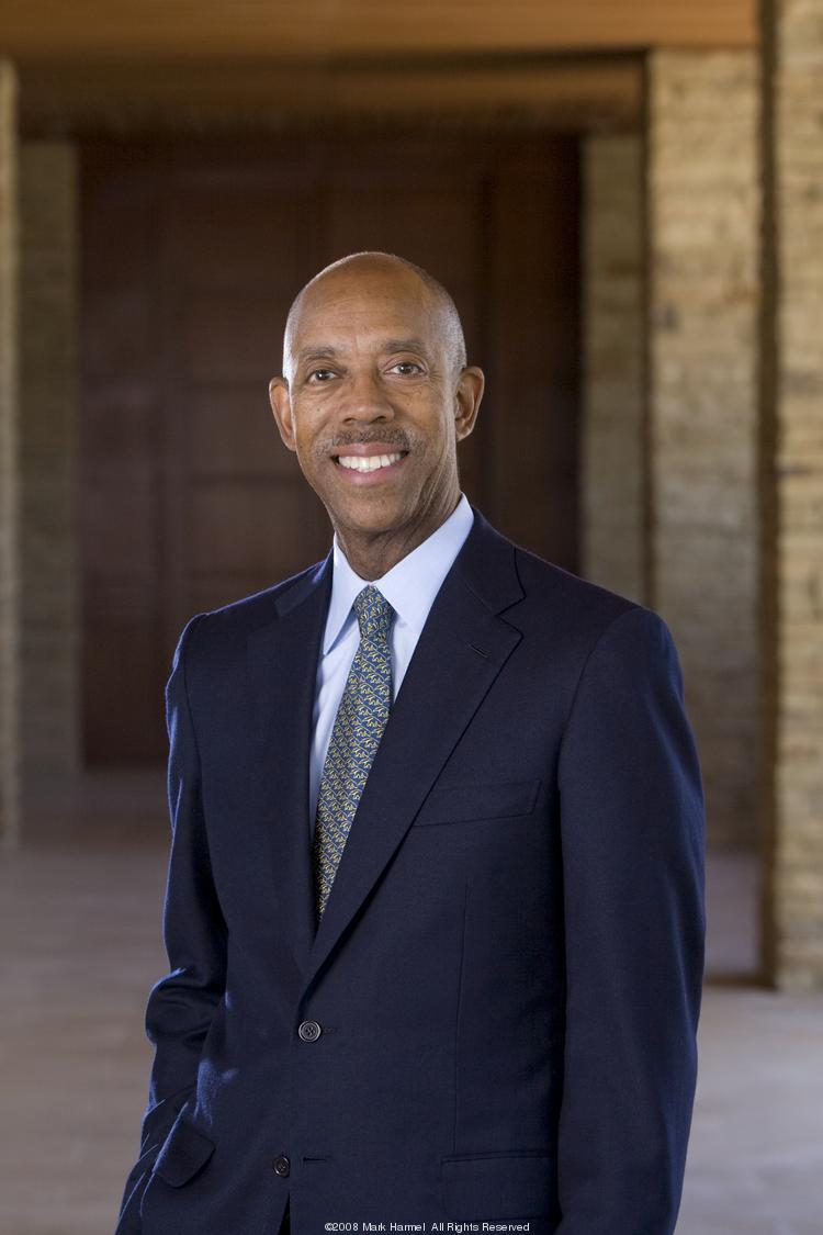 UC Irvine Chancellor Michael Drake is expected to be named Ohio State's next president.