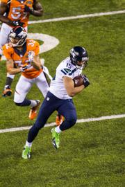 Seattle receiver Jermaine Kearse heads into the end zone for a 23-yard catch-and-run touchdown.