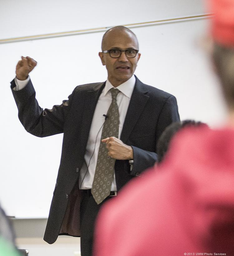 Satya Nadella lectures a class at the University of Wisconsin-Milwaukee.