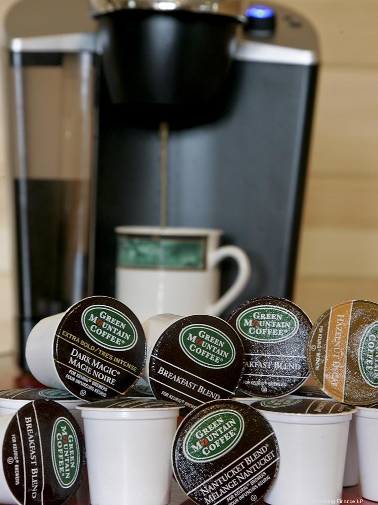Harris Teeter Supermarkets has signed a deal to make Keurig Green Mountain Inc. the exclusive manufacturer of its single-serve coffee pack brand.