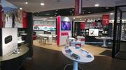 Verizon Wireless opened its new store format, called a Smart Store, includes a Get Fit Zone with gadgets for tracking healthy habits.