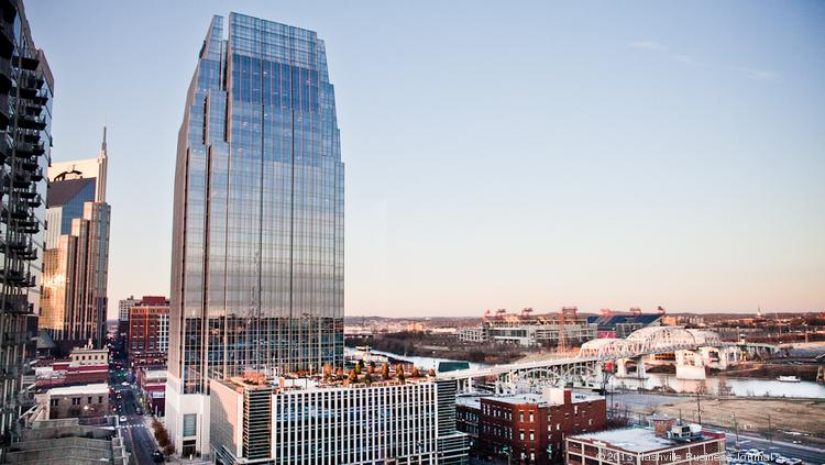 About 2,000 People Work In The Pinnacle At Symphony Place. The Tower Has  520,000 Square