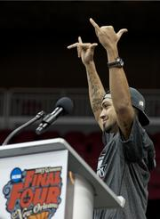 Peyton Siva waved to the crowd.