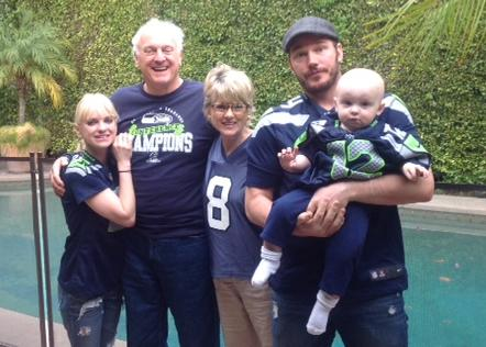 From left, comedian and movie star Anna Faris; her father, Jack Faris; her mother, Karen Faris; and her husband, movie star Chris Pratt, holding their son, Jack Pratt.