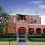 Peek inside a historic Houston house full of movie magic (Video)