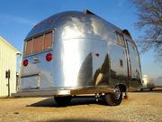 Another look at a 1950s era towable model Airstream.