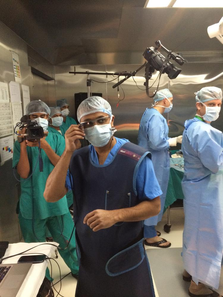 Duke doctor uses Google Glass during surgery - Charlotte