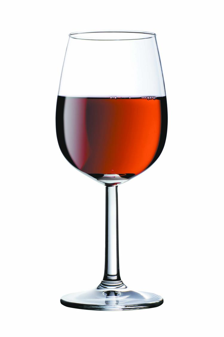 Moderate alcohol consumption may boost the immune system.