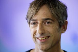 Zynga CEO Mark Pincus said the company is looking to cut costs and refocus on high performing game properties. The company announced layoffs and office closures.