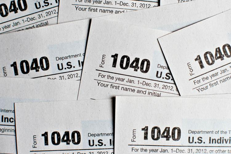 This weekend will be  a joyful one for many of the Americans who say they enjoy filling out their tax forms. The deadline for filing 2012 U.S. taxes is April 15.