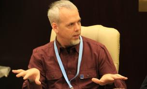 Doug Scribner, a conference specialist for Video Guidance, a tele-conference startup based in Bloomington, Minnesota
