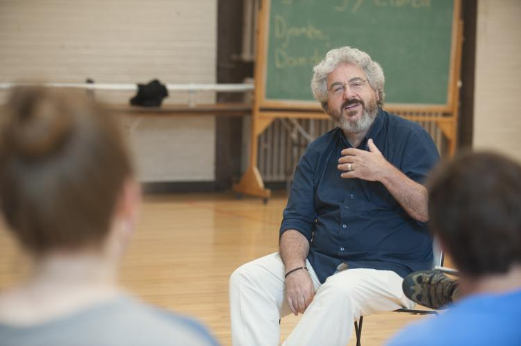 Washington University alumnus Harold Ramis speaks to a film directing class on Sept. 9, 2009, at Washington University.