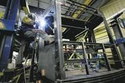 Siemens Rail Systems opens Sacramento shop The division of Siemens AG currently employs 800 in Sacramento. It recently built and shipped the first of 70 City Sprinter Engines ordered by Amtrak, a $466 million contract.