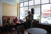Michael Gerlach performed at the restaurant Mai Thai.