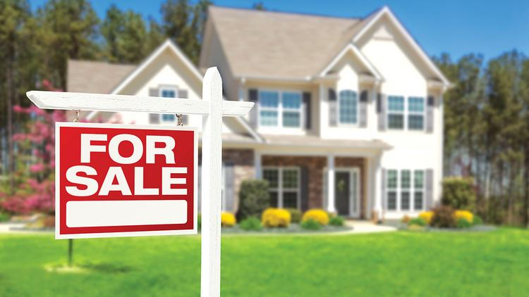 Chicago's February 2014 median home sales price was $160,000, compared to the median home sales price of $265,000 in the 30 markets surveyed by ZipRealty.