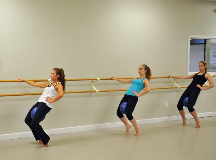 """The Metropolitan School of the Arts' """"Dance Your Heart Out"""" campaign included hip-hop, hot hula, jazz, tap, contemporary, ballet, yoga and MetroBarre classes"""
