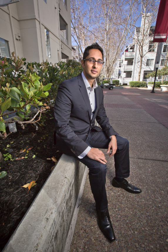 RealtyShares Headquarters: Mountain View CEO: Nav Athwal Founded: 2013 Employees: 4 Web: www.realtyshares.com Phone: 415.450.6234