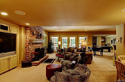 16702 Wills Terrace: A living area is shown.