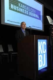 Brian Kaberline, editor-in-chief of the Kansas City Business Journal, addresses the Capstone Awards crowd.