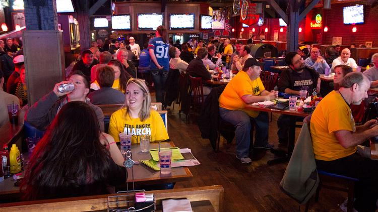 Basketball fans are likely to pack sports bars starting mid-day Friday, like they did at Heroes Sports Bar and Grill when the Shockers were playing in the Missouri Valley Tournament.