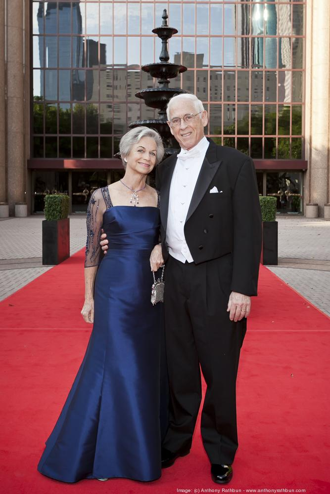 Anne and Dr. John Mendelsohn, co-director of the M.D. Anderson Sheikh Khalifa Bin Zayed Al Nahyan Institute for Personalized Cancer Therapy, chaired the 2013 Opera Ball.  Click through the slideshow to see more photos from the annual gala.