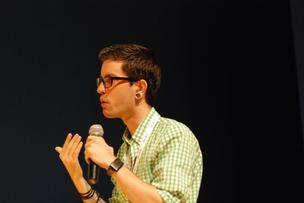 Breather CEO and co-founder Julien Smith speaks at the Gnomedex conference in 2010.