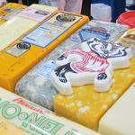 Cheesemakers, lawmakers mobilize against EU cheese-labeling demands