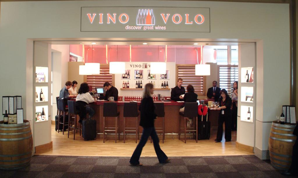 Port Columbus Restaurants To Include Donatos And Vino Volo Pending