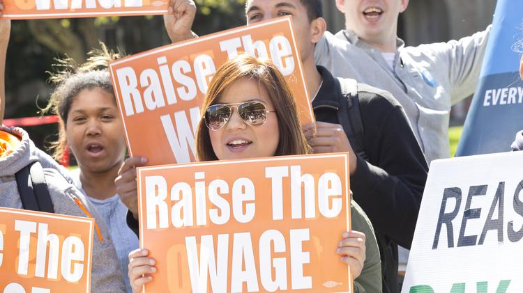 Maryland lawmakers approved a bill to raise the state's minimum wage to $10.10 an hour.