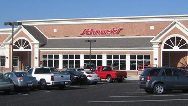 Members of United Food & Commercial Workers Local 655 approved a three-year contract with Dierbergs, Schnucks and Shop 'n Save stores.