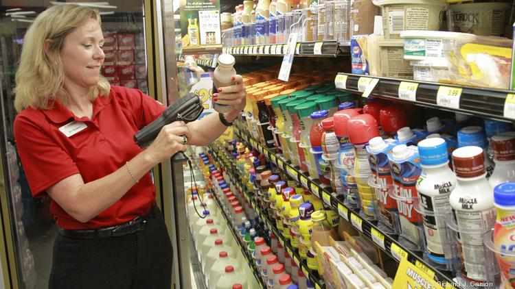 CST Brands President and CEO Kim Bowers works at the Corner Store at 10302 I-10 Service Rd. in Jacinto City, Texas during Corner Store Time, a program in which all executives must spend one week of the year working in stores to better appreciate the hard work that the company's 12,000 Team Members put into their jobs every day. May 9, 2013.