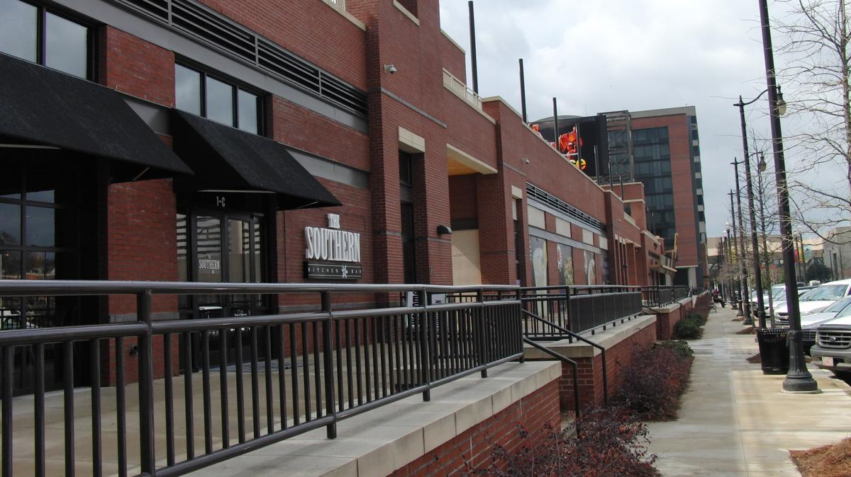 Mugshots Grill hiring for new Uptown location - Birmingham