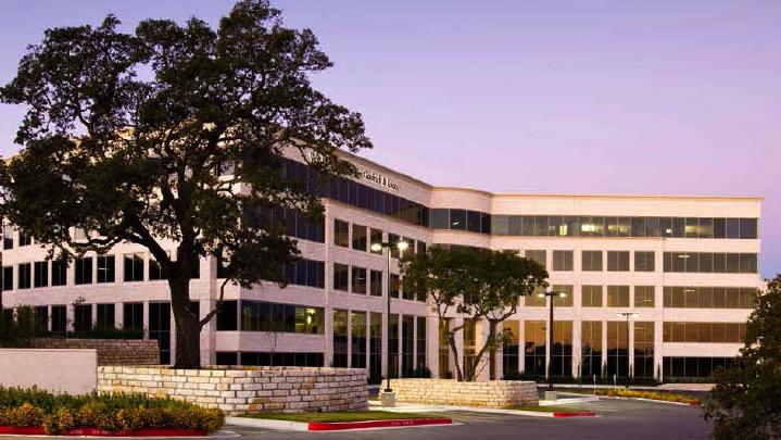 Clarion Partners purchased Las Cimas IV, an office building in the Southwest Austin submarket.