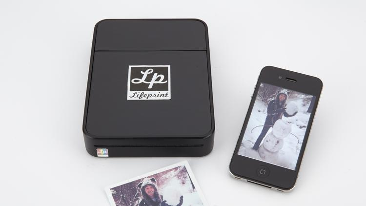 An El Dorado Hills startup, LifePrint, is trying to raise $200,000 in a Kickstarter campaign to produce a portable wireless photo printer for smartphones.